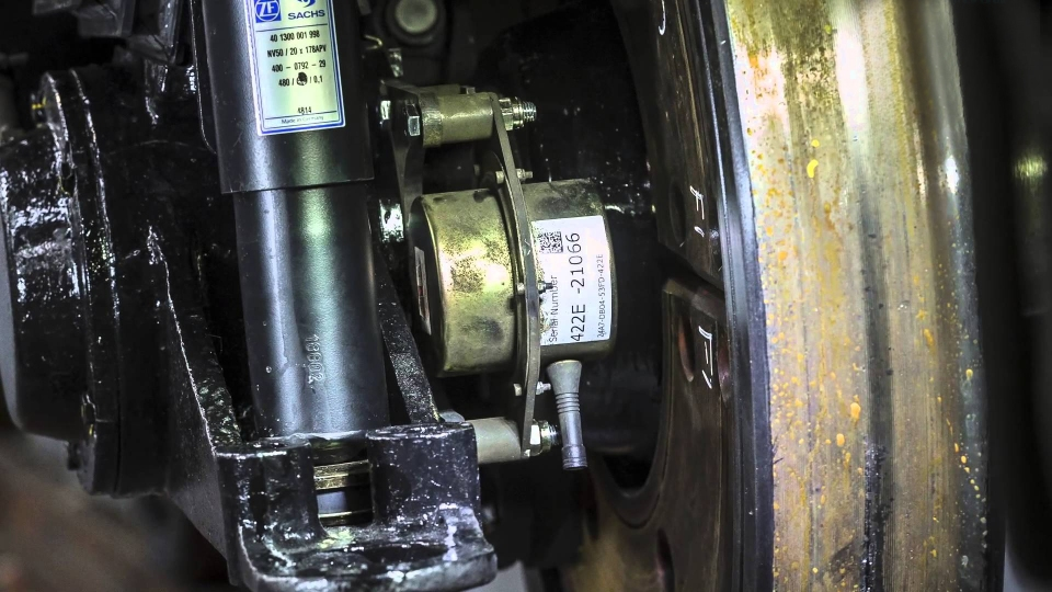 Perpetuum wireless condition monitored maintenance