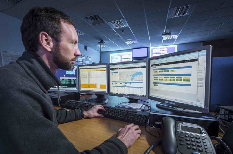 An asset manager viewing data about the condition of the wheel bearing